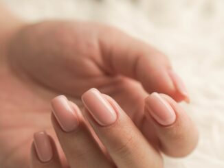 smukke negle med gellak
